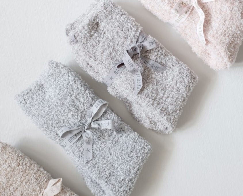 barefoot dreams heathered cozy chic socks