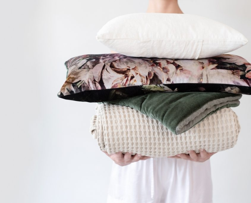 porter and prince linen stack