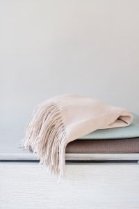 Merino Wool Cashmere Blend Fringed Throws by Alashan