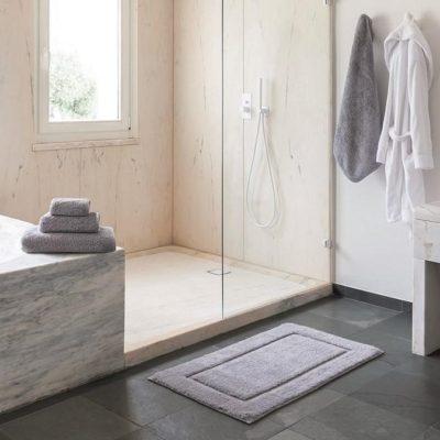 Egoist Bath Rug by Graccioza