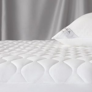 Arcadia Waterproof Mattress Pad by Sferra